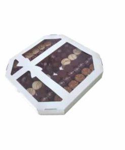 Kutija sa mašnom za kolače sa prozorom